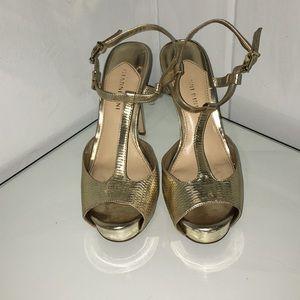 Gianni Bini gold heels